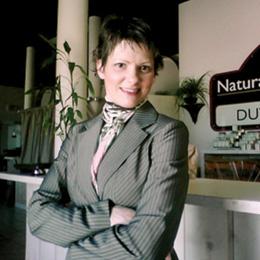 Dr. Susan Duve