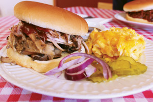 ROCKIN' RESTAURANT REVIEW: Lady and the Pit