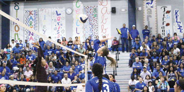 PI volleyball pic2-10-30-14