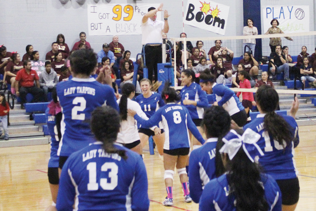 PI volleyball pic5-10-30-14