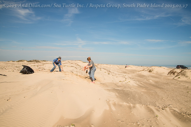 160_15.01.17_RespetaGroup_BeachCleanUp_SouthPadre Island,TX_20150117