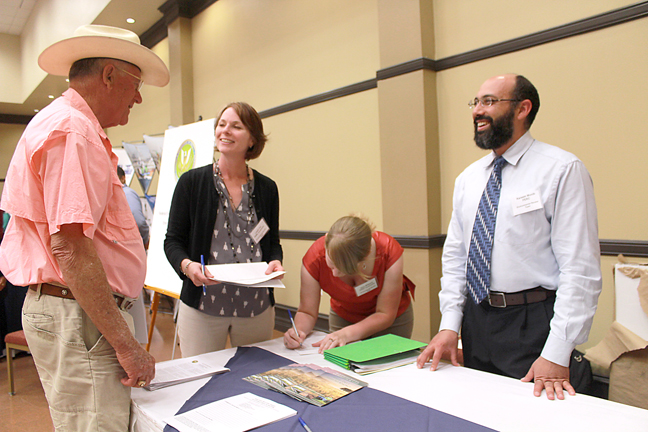 2015-06-05 Kareem Monib Environmental Analyst at Federal Energy Regulatory Commission talks to local resident