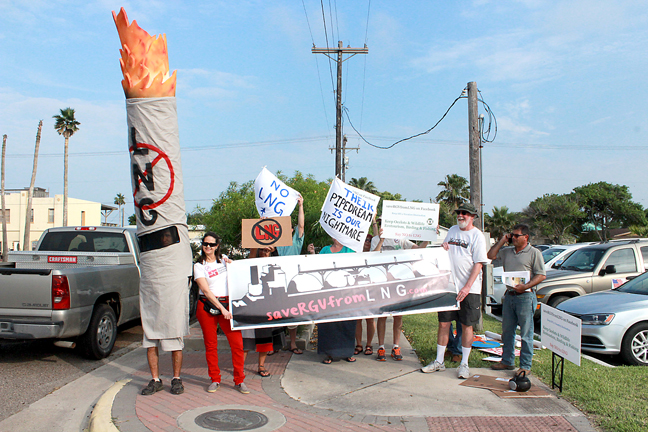 2015-06-05 Members of the Lower Rio Grande Valley Sierra Club orginized a Save RGV from LNG 2