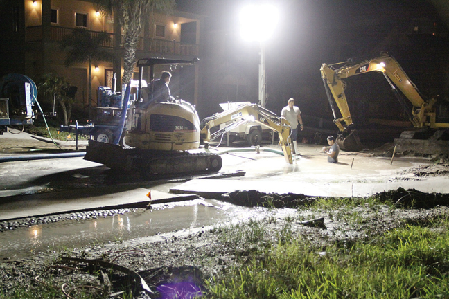 2015-11-10SunsetWaterMain1WEB