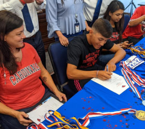 PI's Camacho signs to UIW